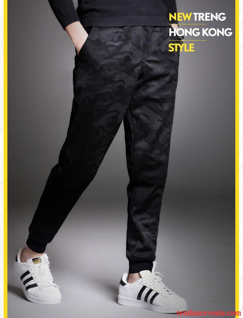 9418b429da8d6 Pantalon-Jean-Blanc-Homme-Harlan-Tendance-Slim-Hiver-Homme -Camouflage-Sport-Pantalon-Pas-Cher-220-d0.jpg